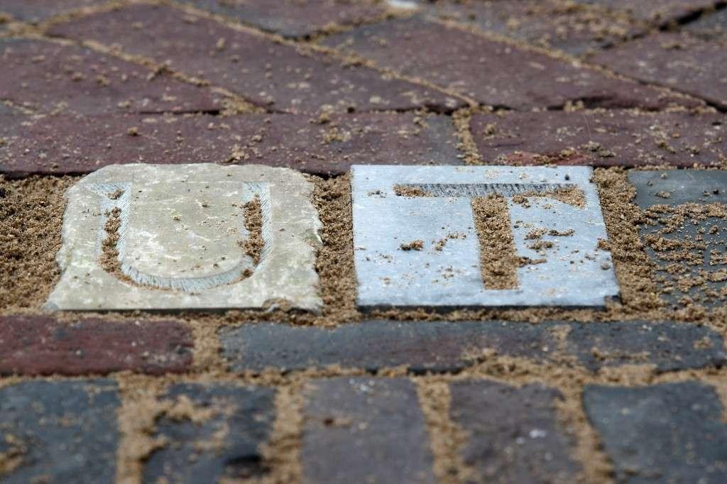 Letters ter proef geplaatst voor Oudegracht 279 op 21 februari 2012