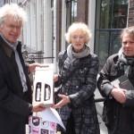 Letter 701 A - Peter de Haan van Vrede van Utrecht bedankt zich bij Annie Brouwer en Chrétien Breukers